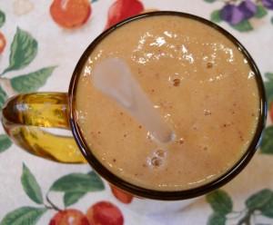 Smoothie with Banana, Cantaloupe, Collard Greens, and Nectarine