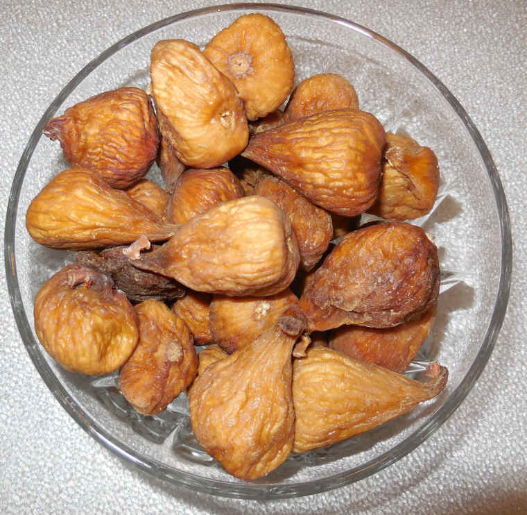 Dried calimyrna figs