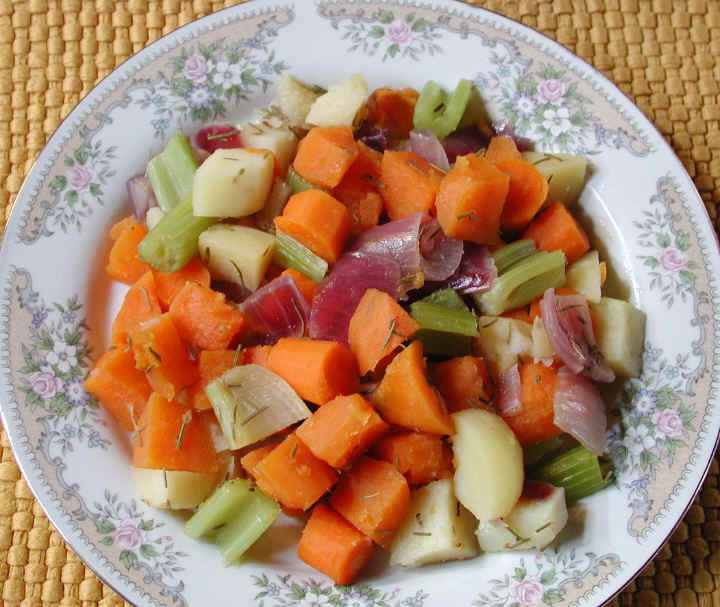 Roasted vegetables with rosemary an all creatures american roasted vegetables with rosemary an all creatures american international vegetarian vegan recipe cruelty free gourmet recipes lifestyle food forumfinder Images